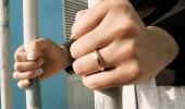 امرأة تنصب على الأهالي وتجمع مبالغ طائلة بحيلة ماكرة