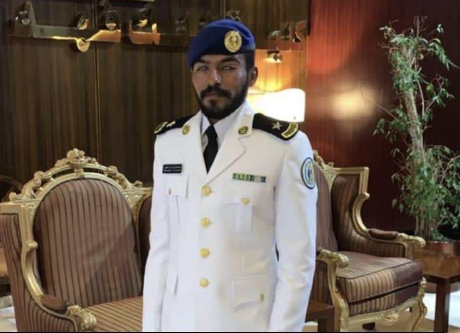 """"""" الحجيري"""" يتلقى التهاني بمناسبة تخرج إبنه عبدالعزيز من كلية الملك فهد البحرية"""
