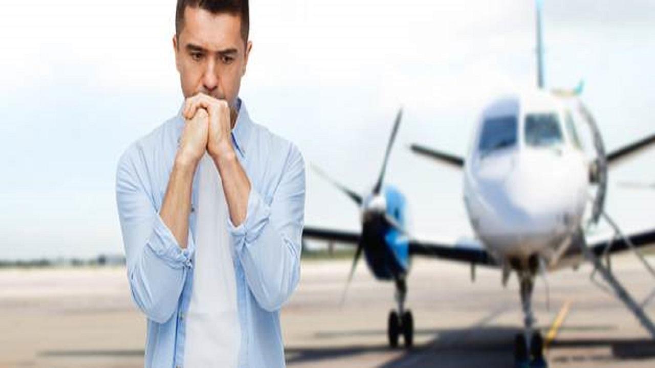 بالفيديو .. سبب طلب فتح نوافذ الطائرة عند الهبوط والإقلاع من الركاب