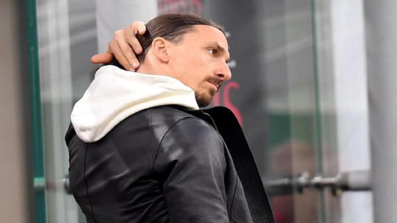 ميلان يمدد عقد إبراهيموفيتش لمدة موسم
