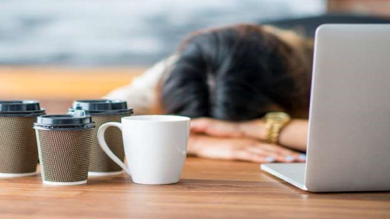 نصائح هامة للتخلص من أعراض إنسحاب الكافيين أثناء الصيام
