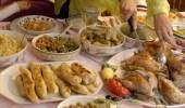 نصائح لتجنب الشعور بالخمول والنعاس بعد الإفطار (فيديو)