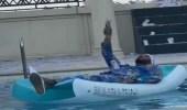 إجراء قانوني ضد محمد رمضان بعدإلقائه الدولارات في حمام السباحة
