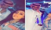 """شاهد.. منال العيسى تمازح الفنان خالد عبد الرحمن: """"خذني زوجة رابعة لك"""""""