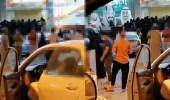 فيديو متداول لزحام كبير من النساء أمام احد المحلات في صبيا