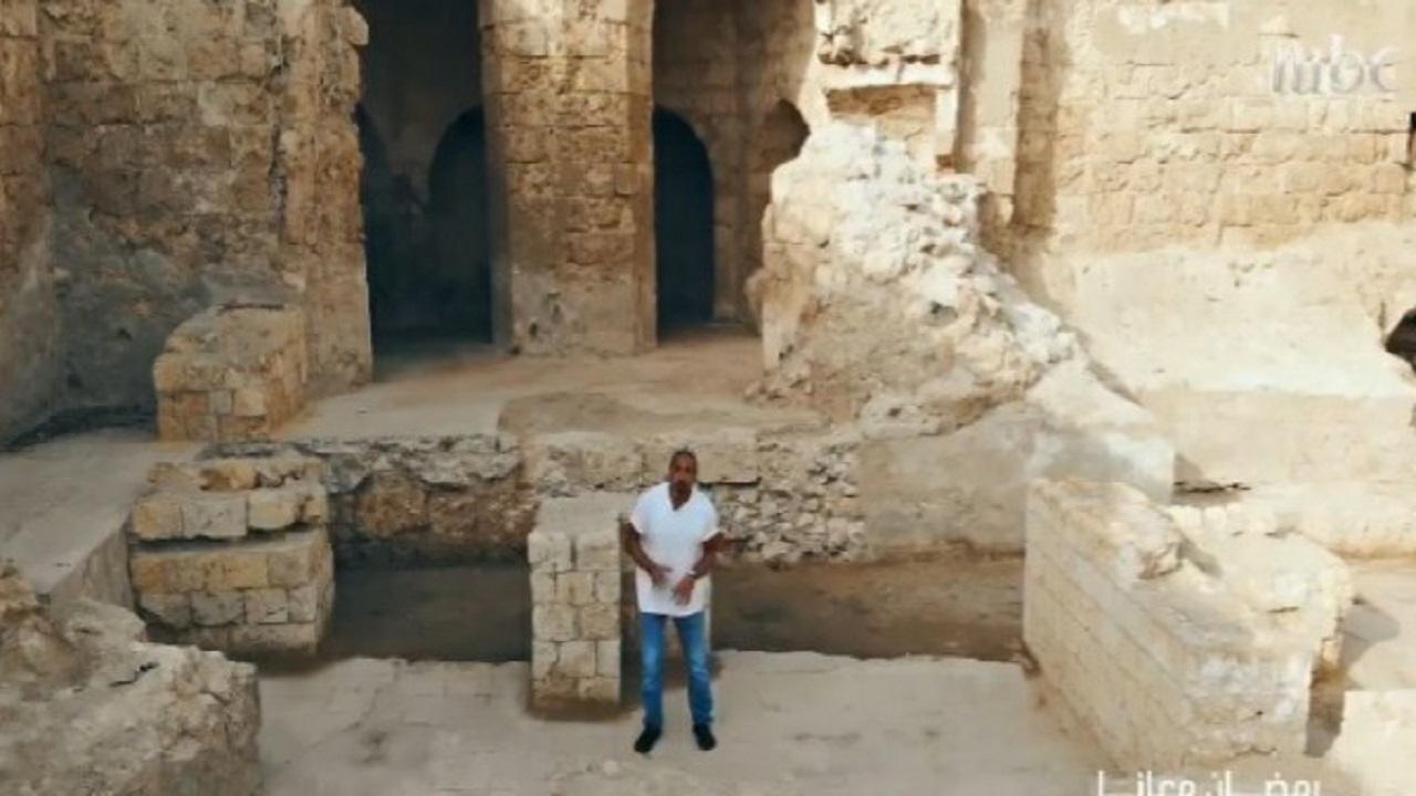 شاهد..التنقيب عن الآثار في وسط مدينة جدة
