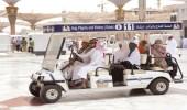 """""""السديس"""" يوجه بزيادة عربات الجولف لنقل كبار السن في ساحات المسجد الحرام"""