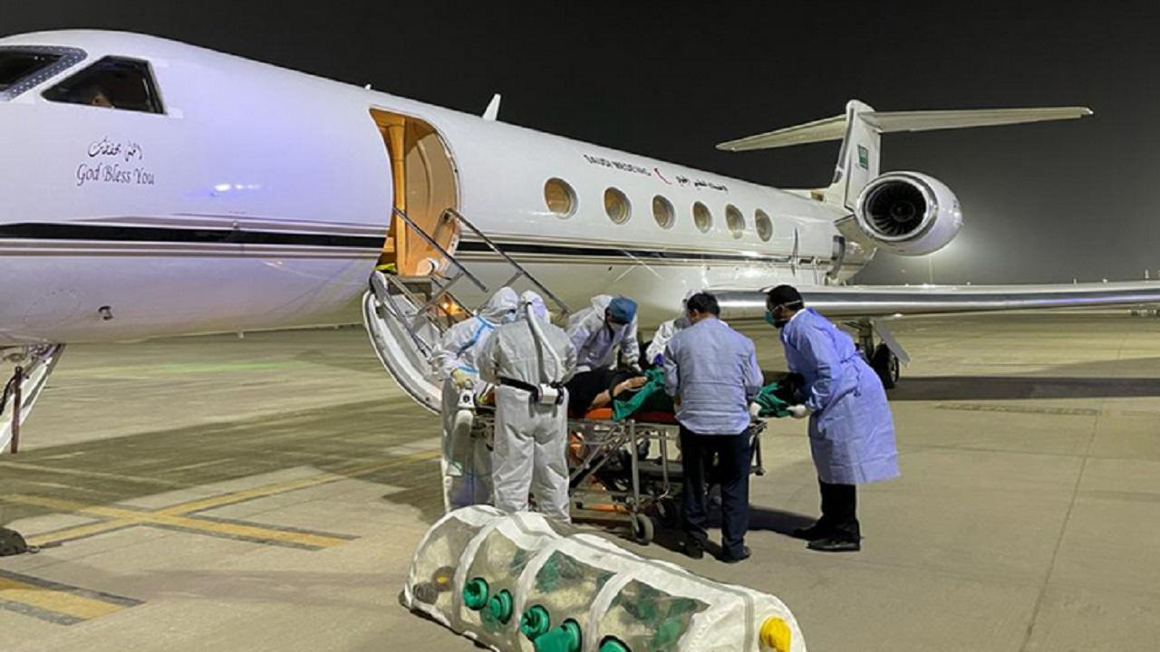 بالصور .. الإخلاء الطبي ينجح بنقل عائلة سعودية مصابة بكورونا من الهند إلى المملكة
