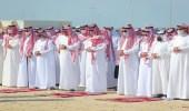 سمو نائب أمير الشرقية يؤدي صلاة الميت على فيصل الشهيل