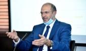 """وزير الصحة اللبناني لحاكم المصرف المركزي: """"أنا مش زبون عندكم"""""""