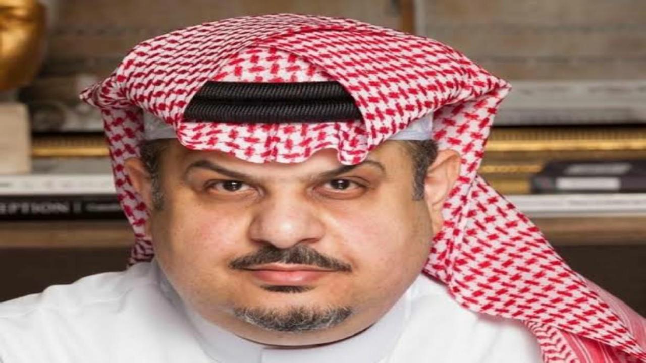 """الأمير عبدالرحمن بن مساعد يعلق ساخراً على صورة لمدير """" الصحة العالمية """""""