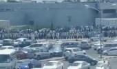 بالفيديو.. أعداد كبيرة وزحام على مراكز تلقي لقاح كورونا في الكويت