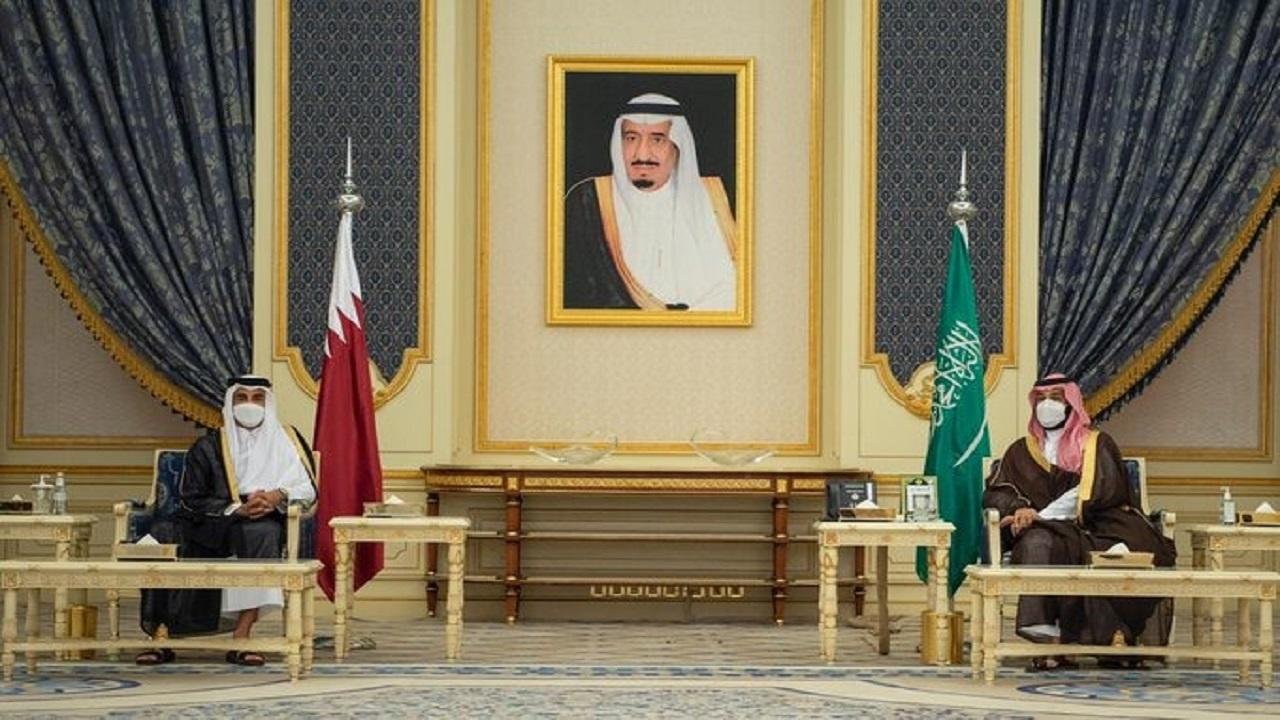 سمو ولي العهد وسمو أمير دولة قطر يعقدان جلسة مباحثات