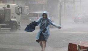 إعصار يضرب ووهان الصينية