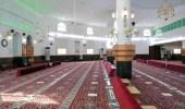 """"""" الشؤون الإسلامية """" تغلق 5 مساجد بعد ثبوت حالات إصابة بكورونا بين صفوف المصلين"""