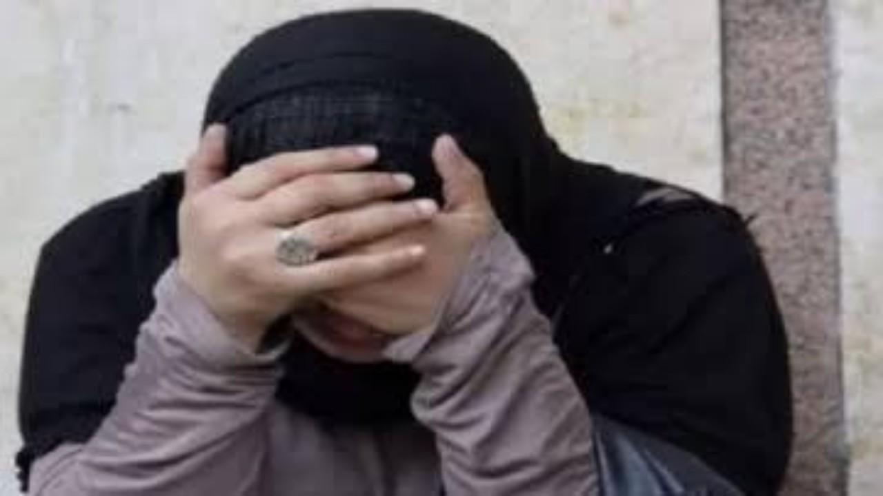 صدمة رجل باكتشاف خيانة زوجته وعدم انتساب أبنائه الـ4 له