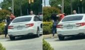 بالفيديو.. مشاجرة وتبادل لكمات بين رجل وامرأة في محطة وقود