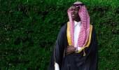 """"""" غوميز """" يرتدي العقال والشماغ ويهنئ المسلمين بعيد الفطر المبارك"""