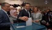 بالصور.. بشار الأسد وزوجته يدليان بصوتيهما في الانتخابات البرلمانية