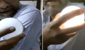 فيديوهات جديدة تتهم لقاحات كورونا بإنتاج الكهرباء واستشاري يعلق