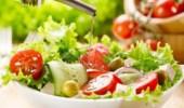 أطعمة ومشروبات تبرد الجسم في الصيف