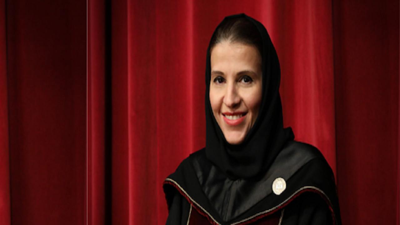 """بالفيديو .. رحلة """"عبير الدغيثر"""" من نيل الدكتواره إلى رئاسة جامعة دار الحكمة"""