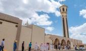 السماح بسماعة خارجية للصفوف الممتدة خارج المسجد في المدينة المنورة
