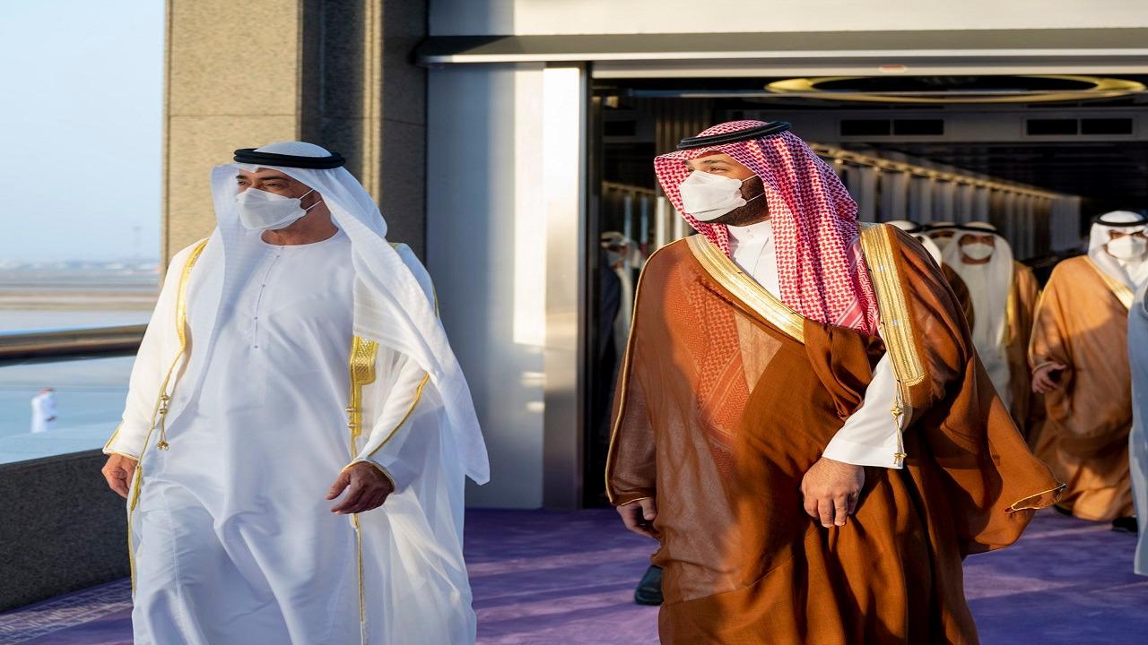 """"""" بن زايد """" يغرد بعد مقابلته لولي العهد في جدة (صور)"""