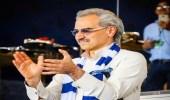 الأمير الوليد بن طلال يكافئ الهلال بعد خماسيته أمام الشباب