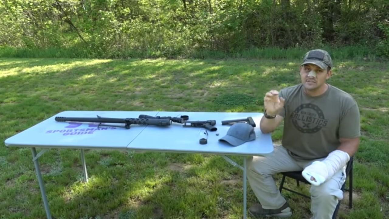 بالفيديو.. سلاح ينفجر في يد قناص أثناء تصويره عبر يوتيوب
