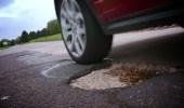 كيفية مواجهة الحفر على الطريق أثناء القيادة