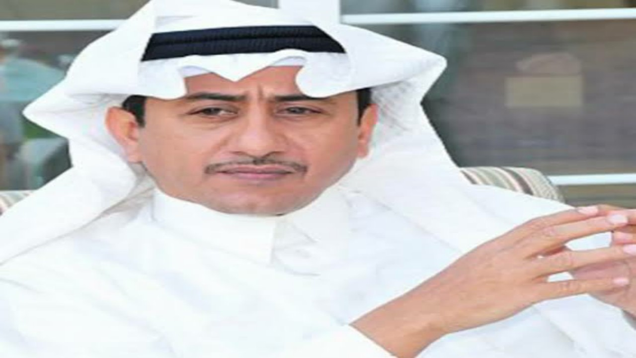 """شاهد.. تقليد الفنان ناصر القصبي بطريقة كوميدية في """"ستوديو 21"""" الساخر"""