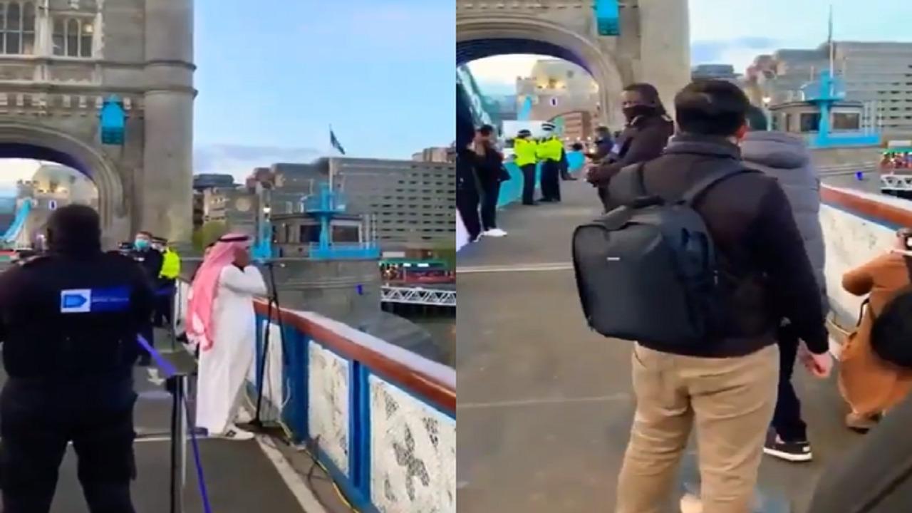 بالفيديو.. لحظة رفع الأذان في لندن خلال مبادرة الإفطار الجماعي