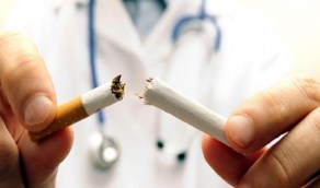طبيب بعيادات جمعية كفى: التدخين ينقص الوزن ويحتوي على 40 مادة مسرطنة