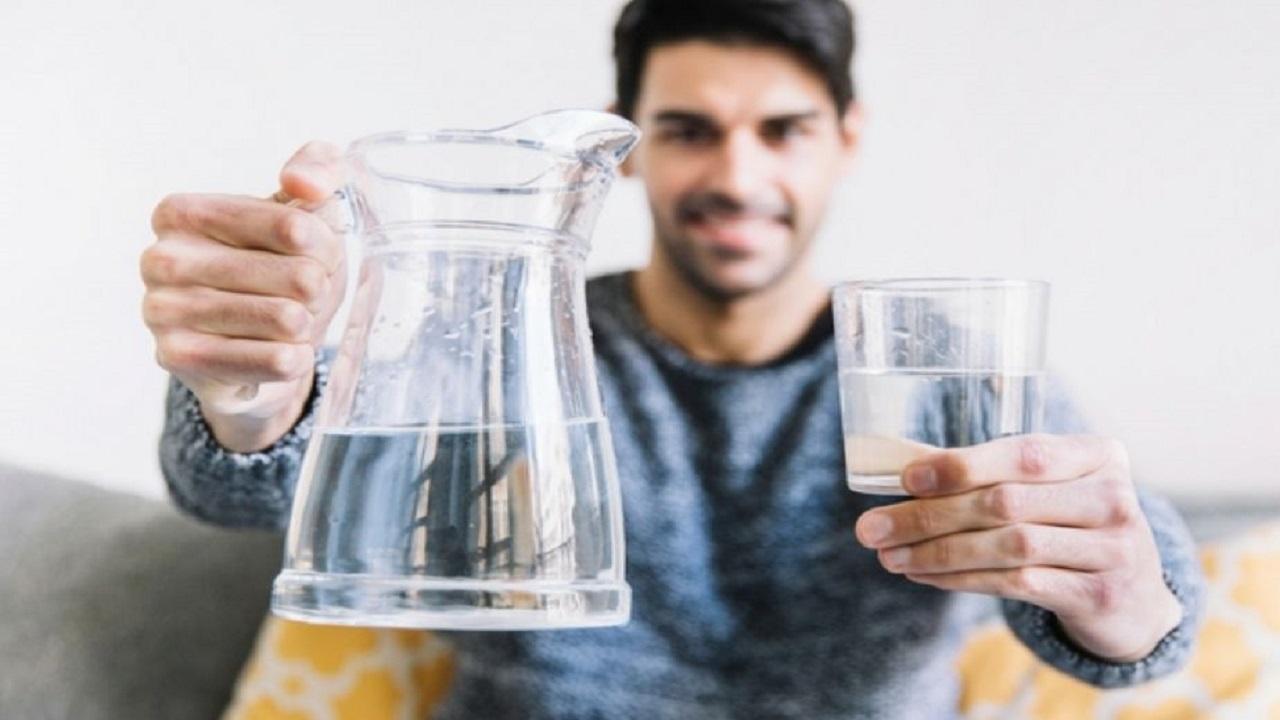 10 علامات تدل على حاجة جسمك للمياه