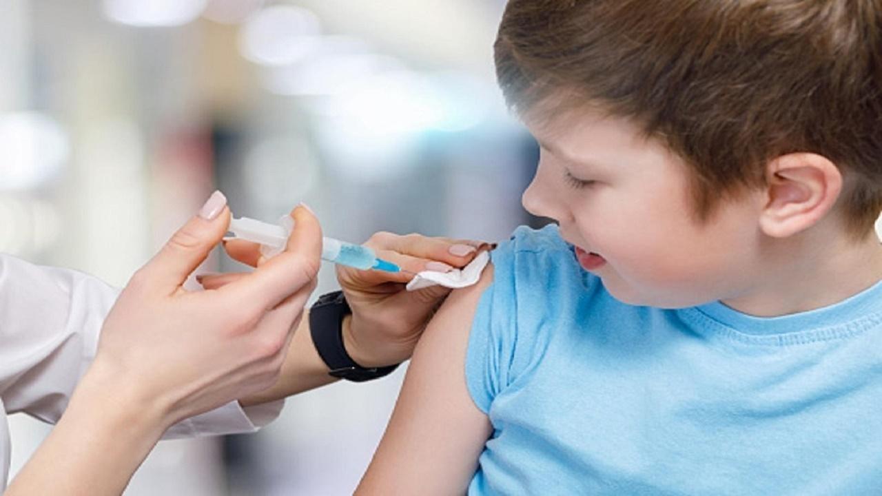 بالفيديو.. استشاري: نتائج تجارب لقاح كورونا على الأطفال أظهرت فعالية 100%