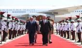 السيسي يصل إلى بغداد في أول زيارة لرئيس مصري منذ 30 عامًا