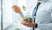 استشاري: الصيام المتقطع أفضل الحميات الغذائية لإنقاص الوزن