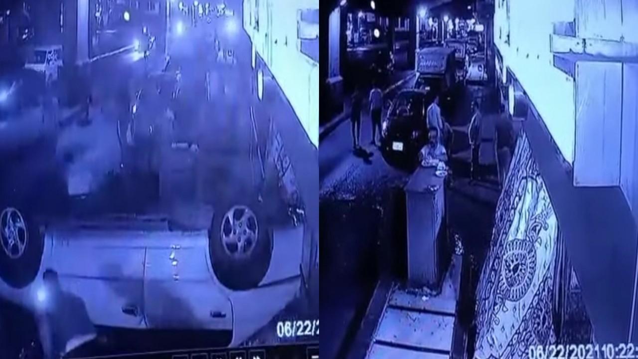 بالفيديو.. سيارة تسقط بشكل مفاجئ من أعلى كوبري
