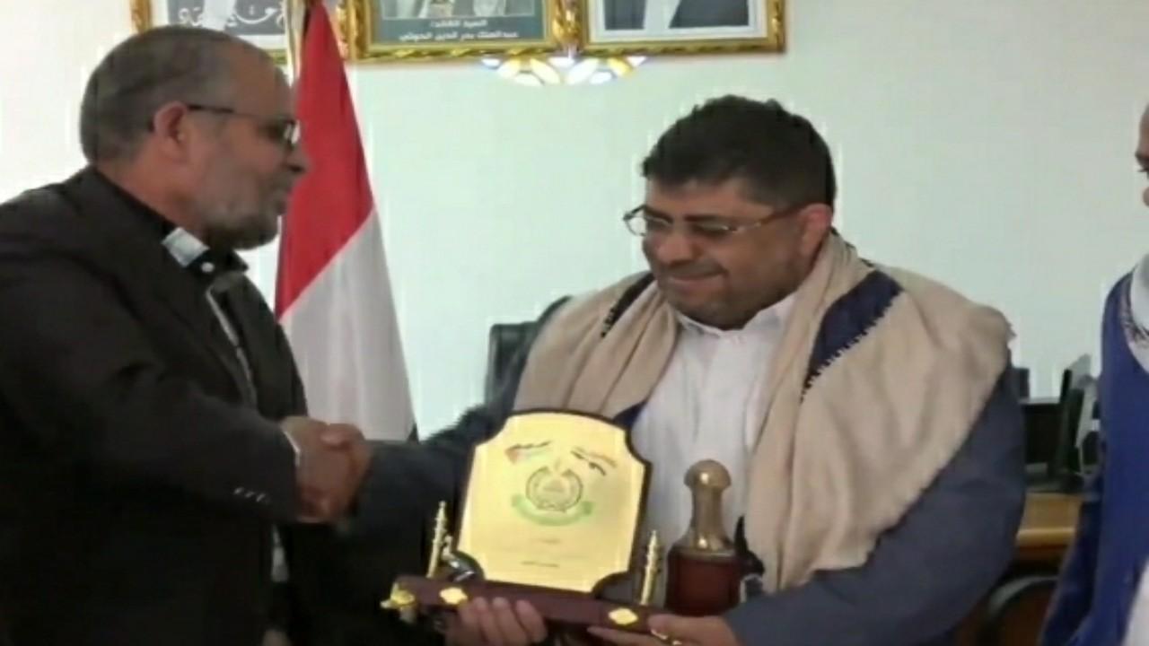 بالفيديو.. ممثل حركة حماس يؤكد دعم اسماعيل هنية للحوثيين