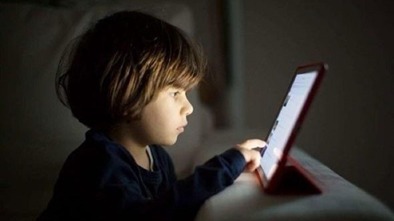 خطوات إخفاء التطبيقات الغير مناسبة للأطفال لمستخدمي الآيفون