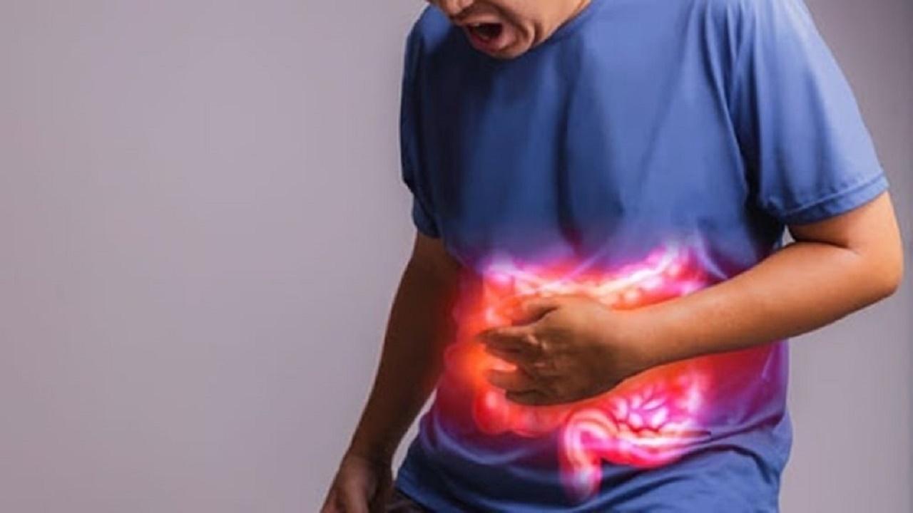 """""""الحمى والتعب"""" من أعراض مرض القولون التقرحي"""