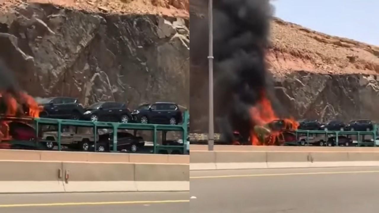 بالفيديو.. اشتعال شاحنة محملة بعدة سيارات في الرياض