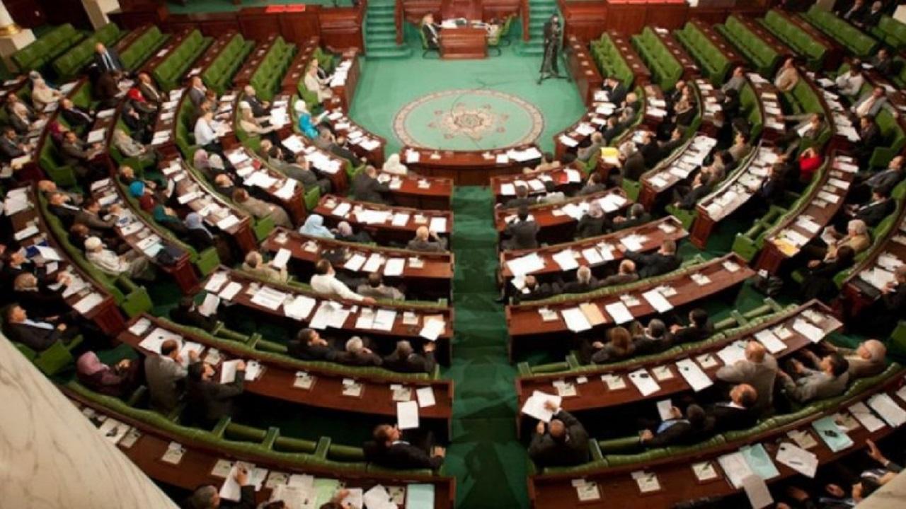 بالفيديو.. شجار في البرلمان الليبي بسبب وفد تركي
