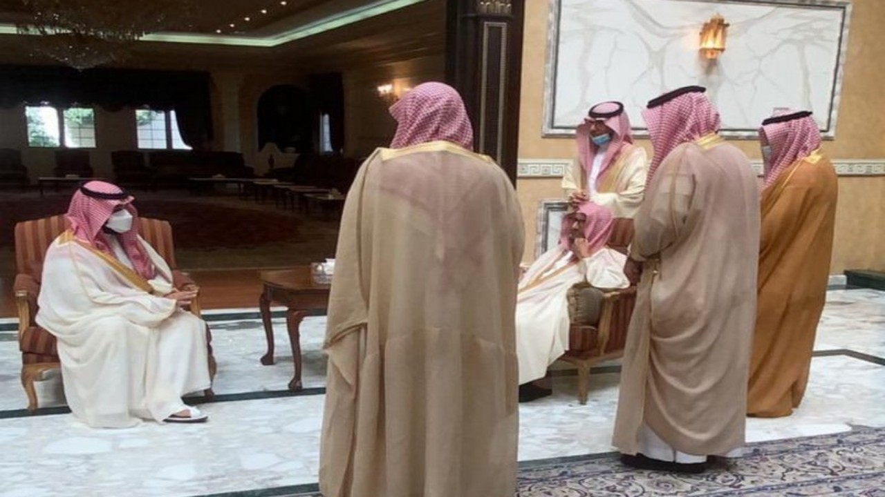 بالفيديو.. زيارة ولي العهد الأخيرة إلى الشيخ ناصر الشثري في عيد الفطر