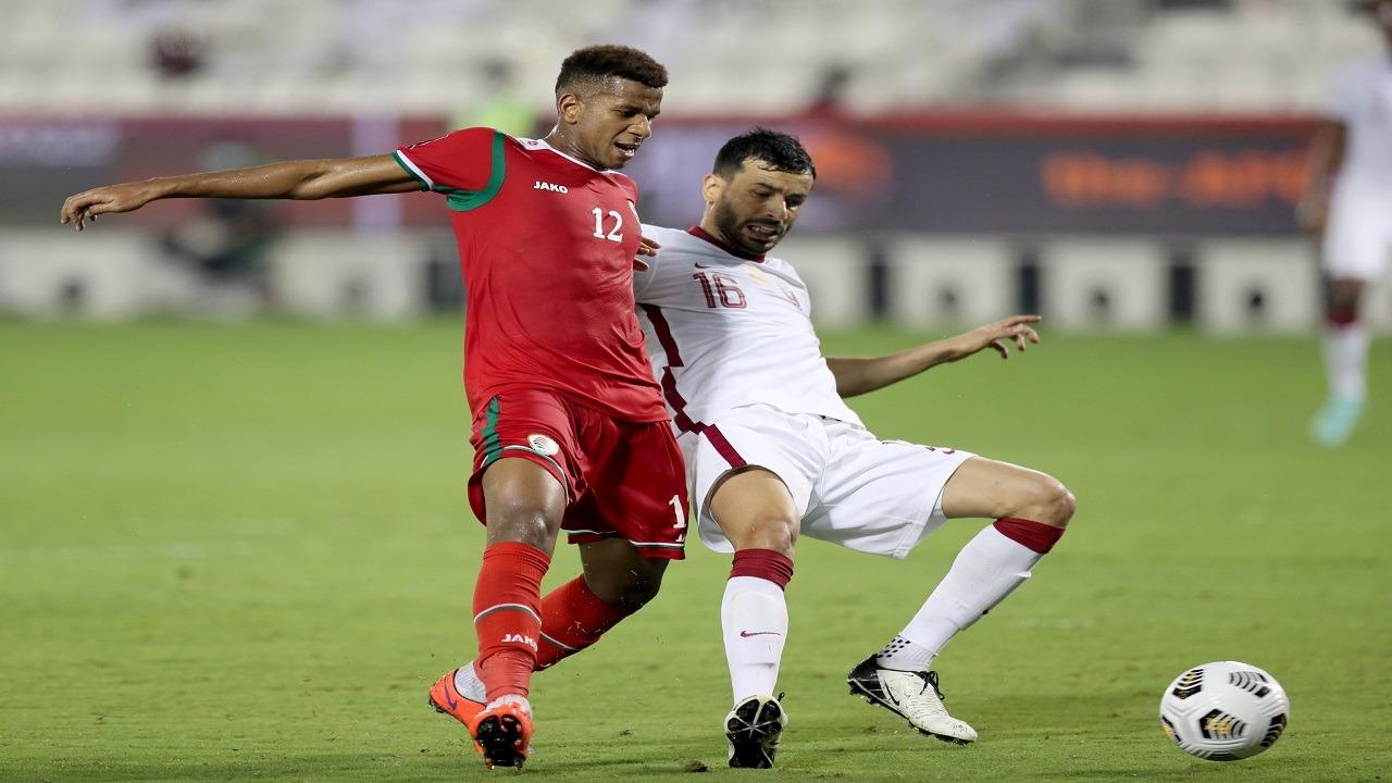 غضب عماني بعد إلغاء هدف صحيح أمام قطر بتصفيات كأس العالم وآسيا