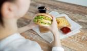 خطوات لتجنب الإصابة بالتسمم الغذائي