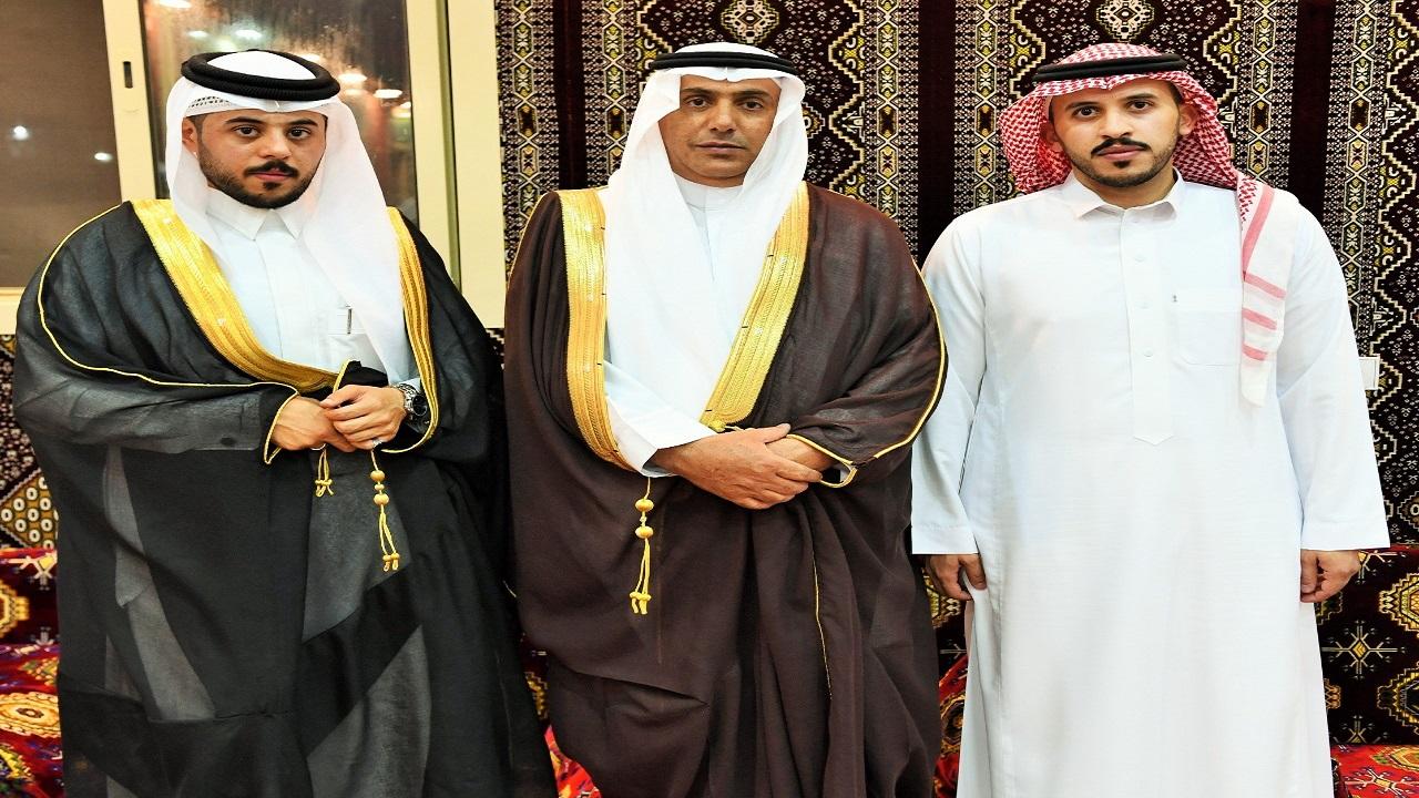 آل ابوراس وآل حنيف يحتفلون بزواج الملازم أول مصعب