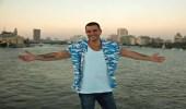 عمرو دياب يعلن موعد أول حفل له في المملكة بعد عودة الحفلات