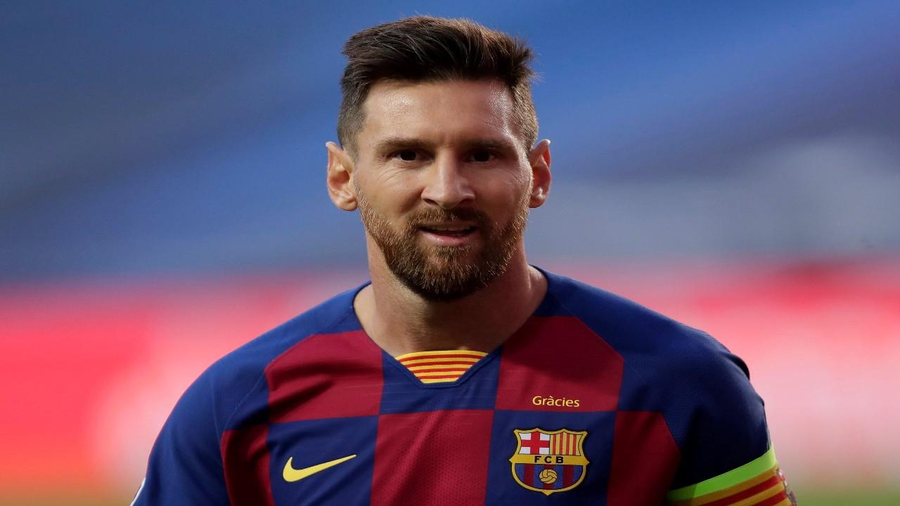 برشلونة يضع اللمسات الأخيرة في عقد تجديد ميسي
